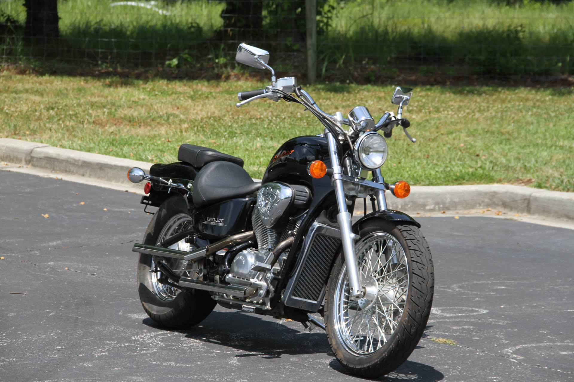 2003 Honda Shadow VLX in Hendersonville, North Carolina