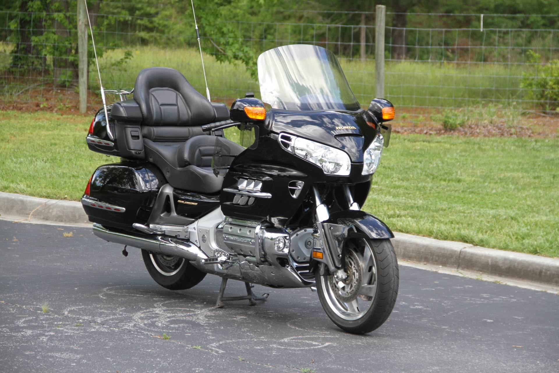 2001 Honda Gold Wing in Hendersonville, North Carolina - Photo 4