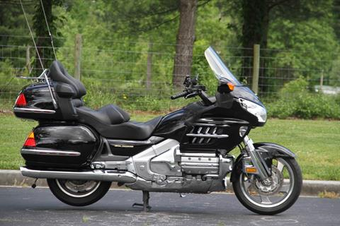 2001 Honda Gold Wing in Hendersonville, North Carolina - Photo 8