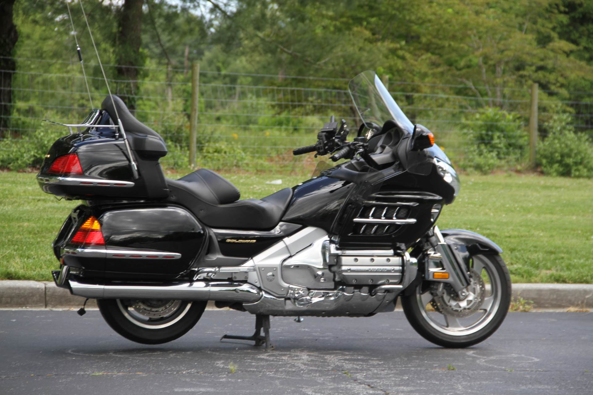 2001 Honda Gold Wing in Hendersonville, North Carolina - Photo 9