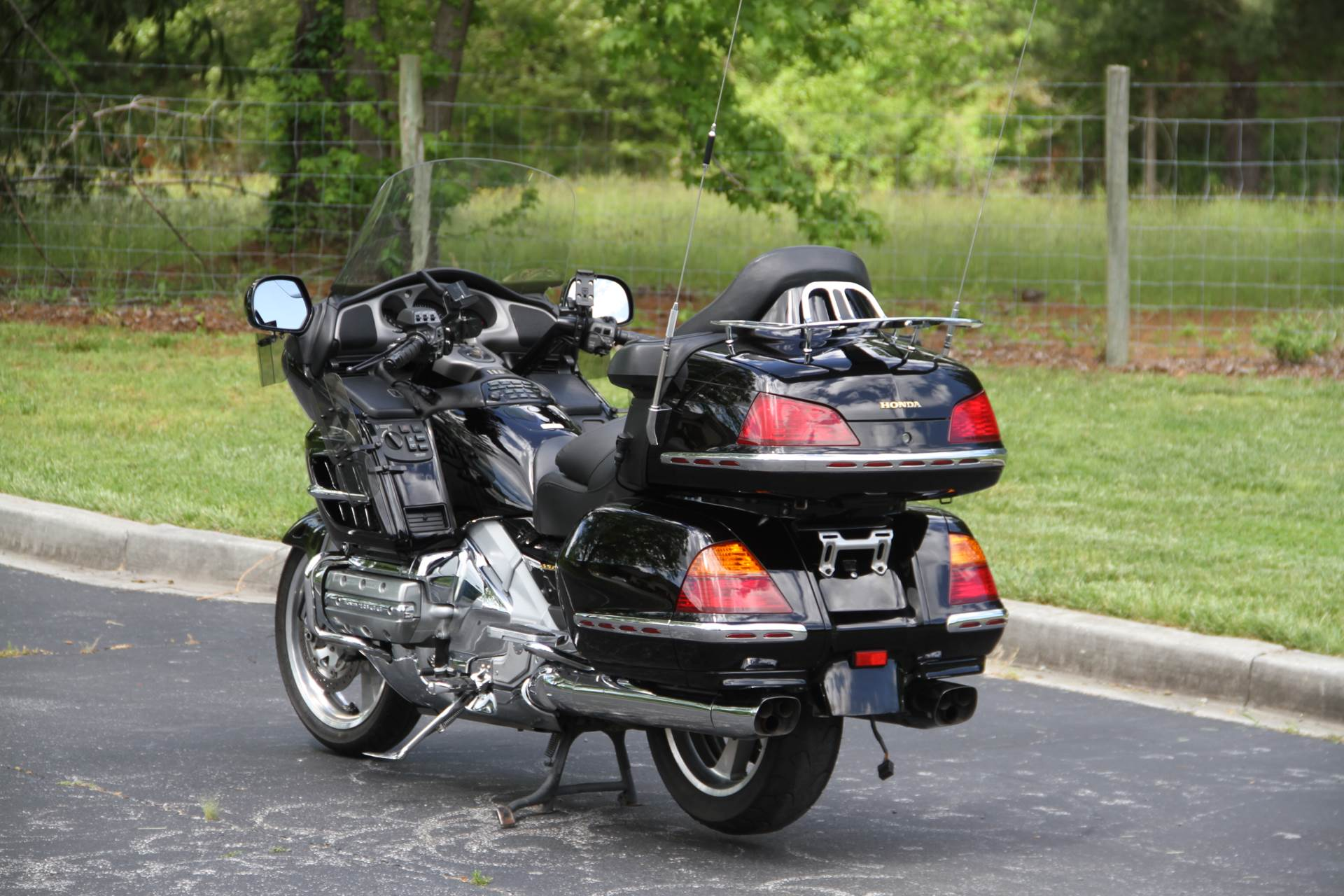 2001 Honda Gold Wing in Hendersonville, North Carolina - Photo 15