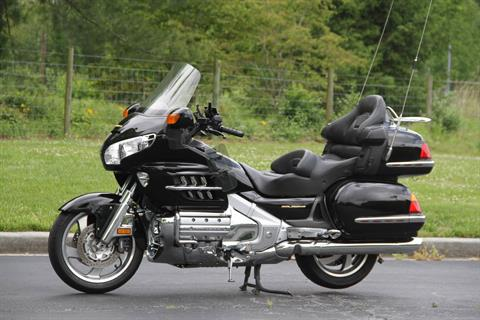2001 Honda Gold Wing in Hendersonville, North Carolina - Photo 2