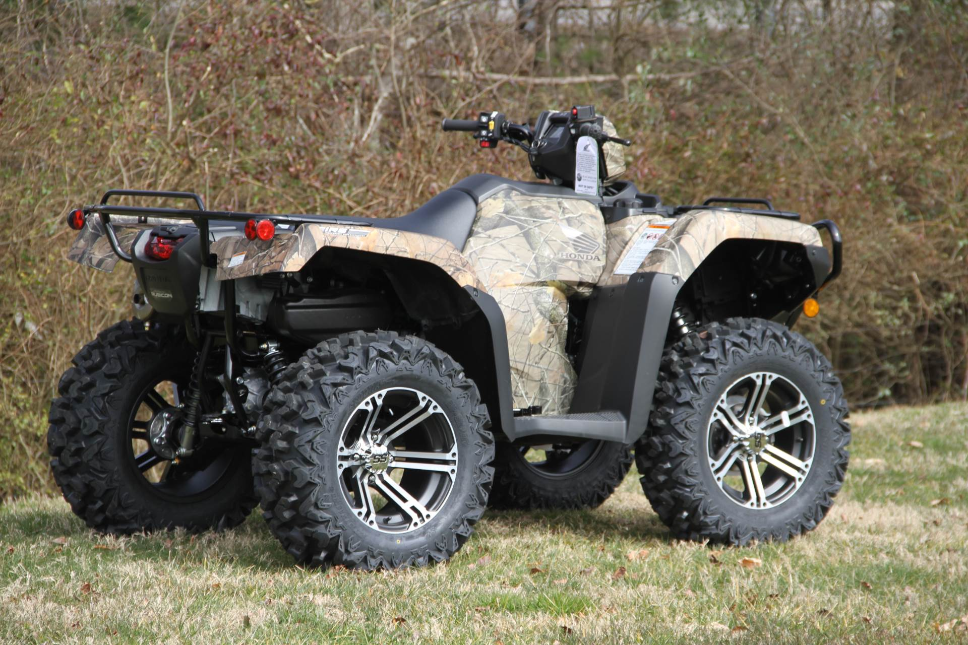 2020 Honda FourTrax Foreman Rubicon 4x4 Automatic DCT EPS Deluxe in Hendersonville, North Carolina - Photo 8