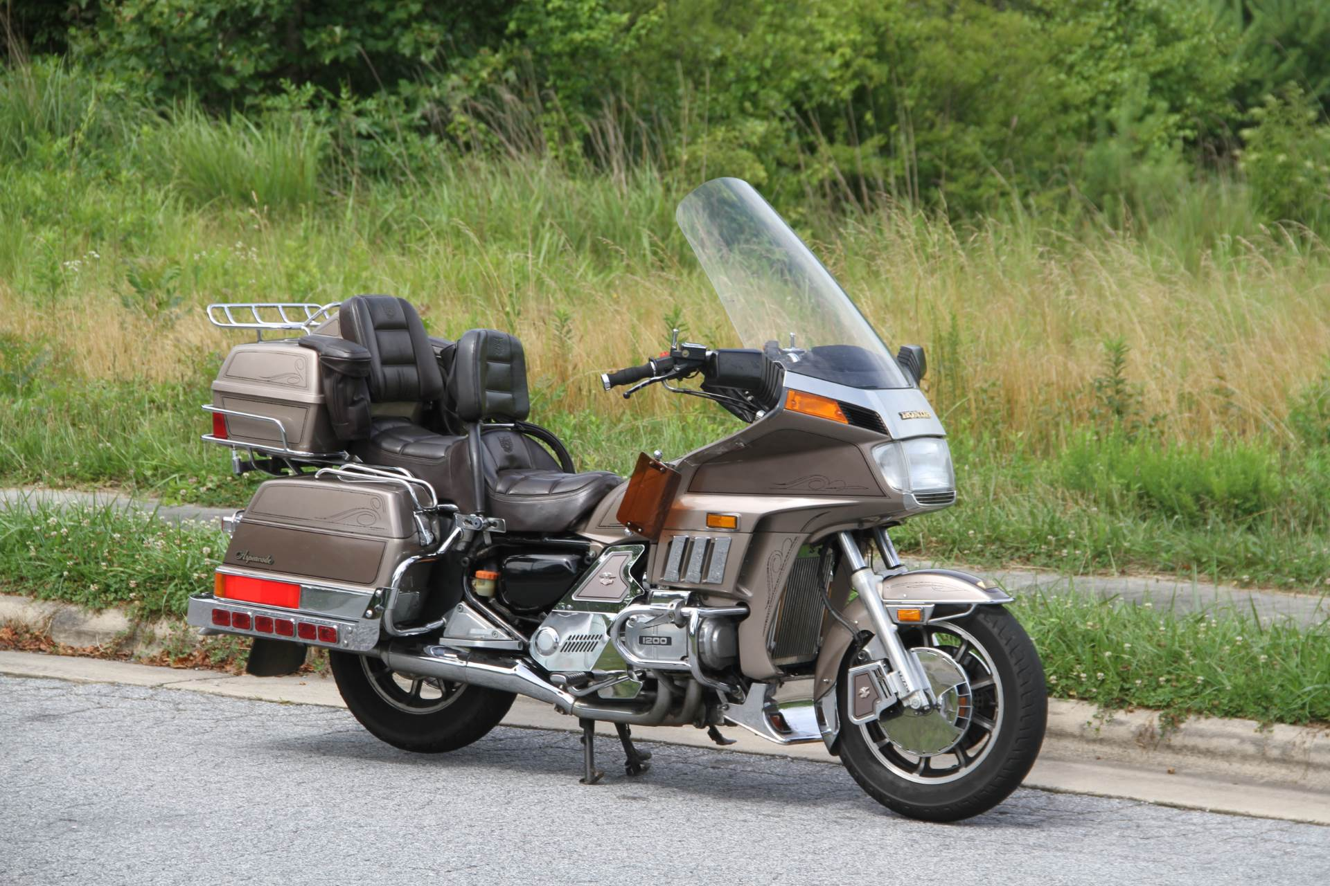 1984 Honda GL1200 Aspencade in Hendersonville, North Carolina - Photo 5