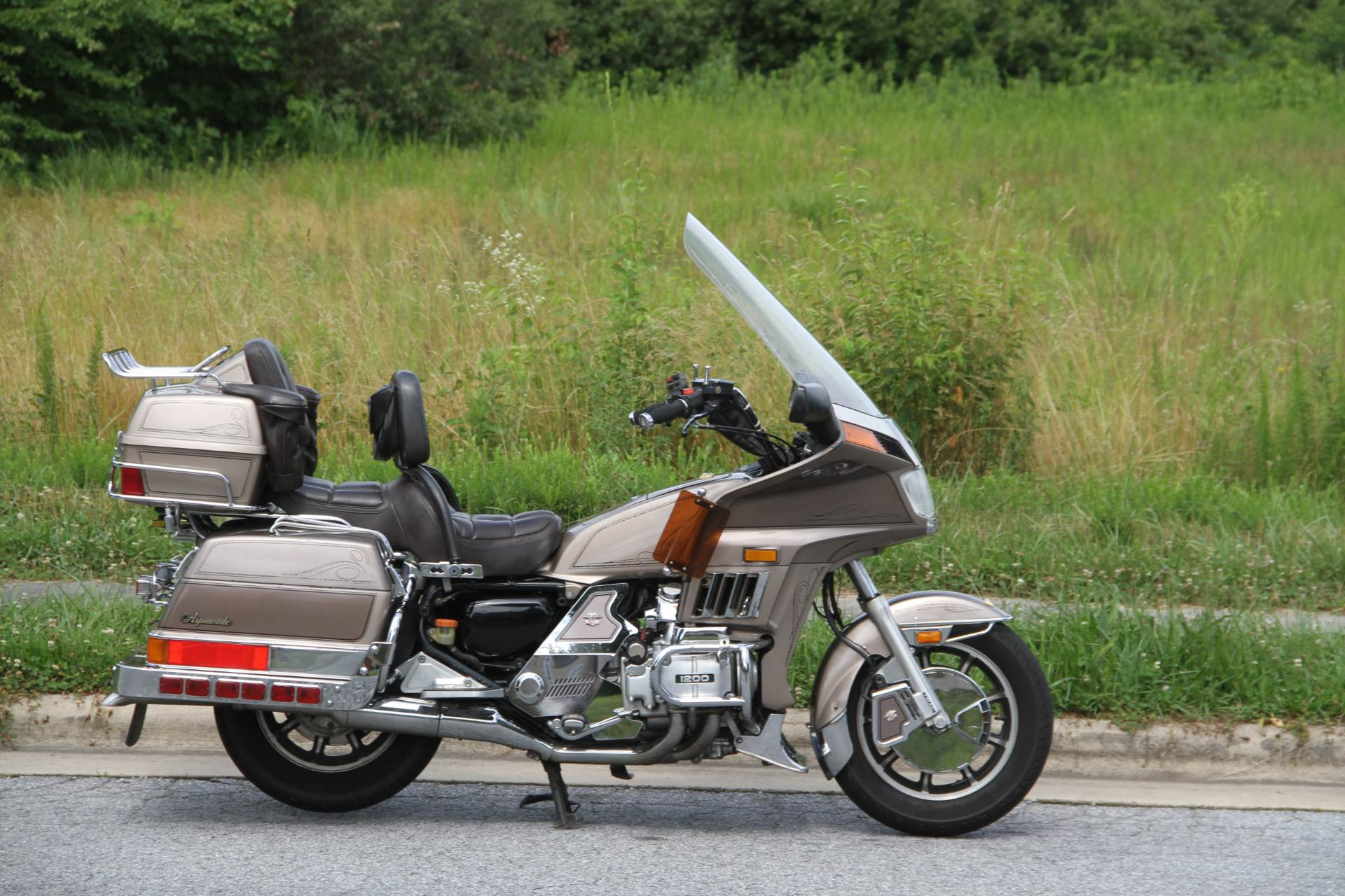 1984 Honda GL1200 Aspencade in Hendersonville, North Carolina - Photo 7