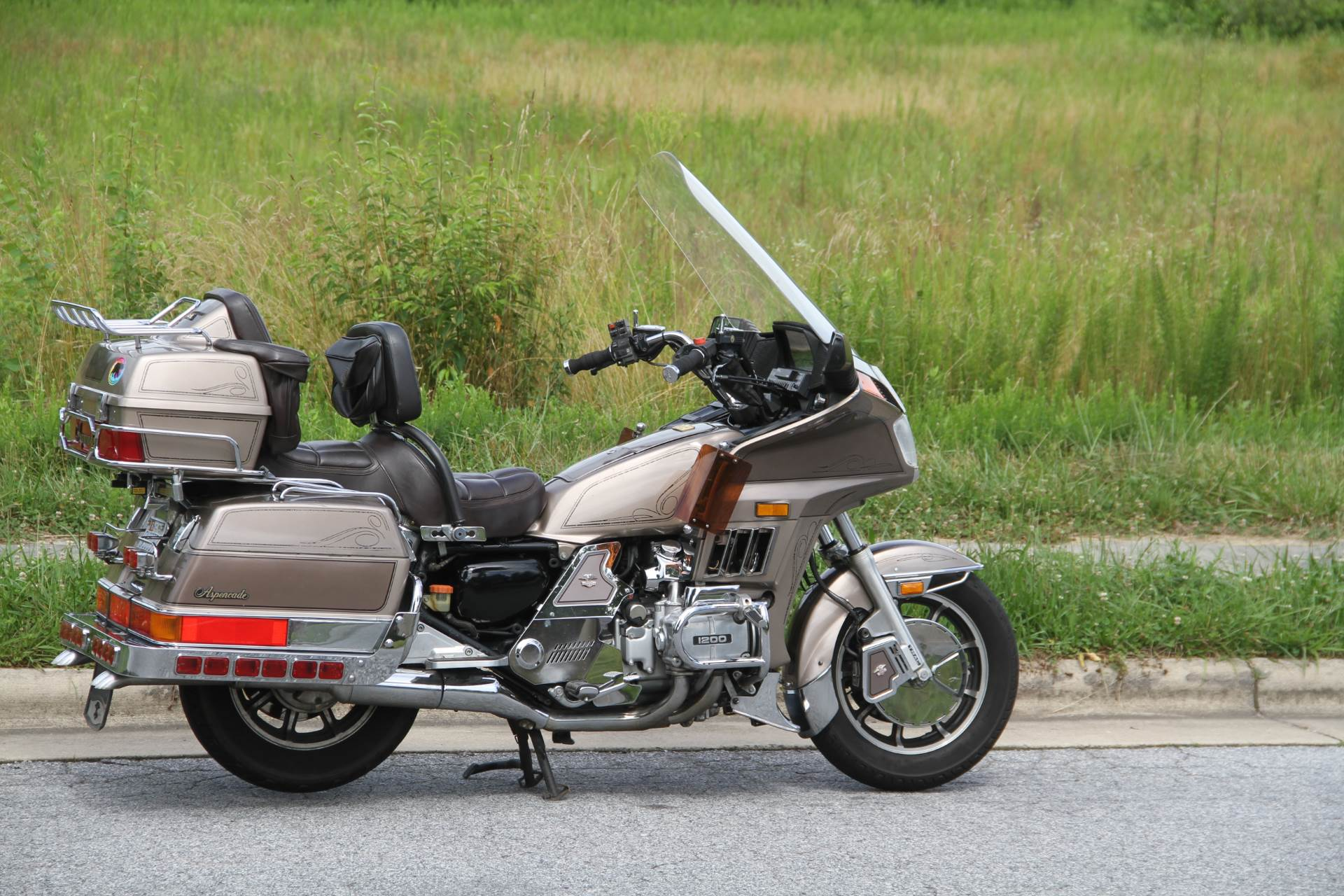 1984 Honda GL1200 Aspencade in Hendersonville, North Carolina - Photo 8