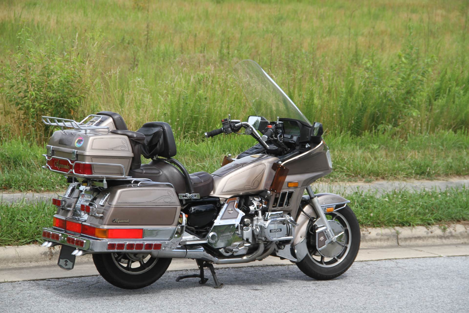 1984 Honda GL1200 Aspencade in Hendersonville, North Carolina - Photo 9