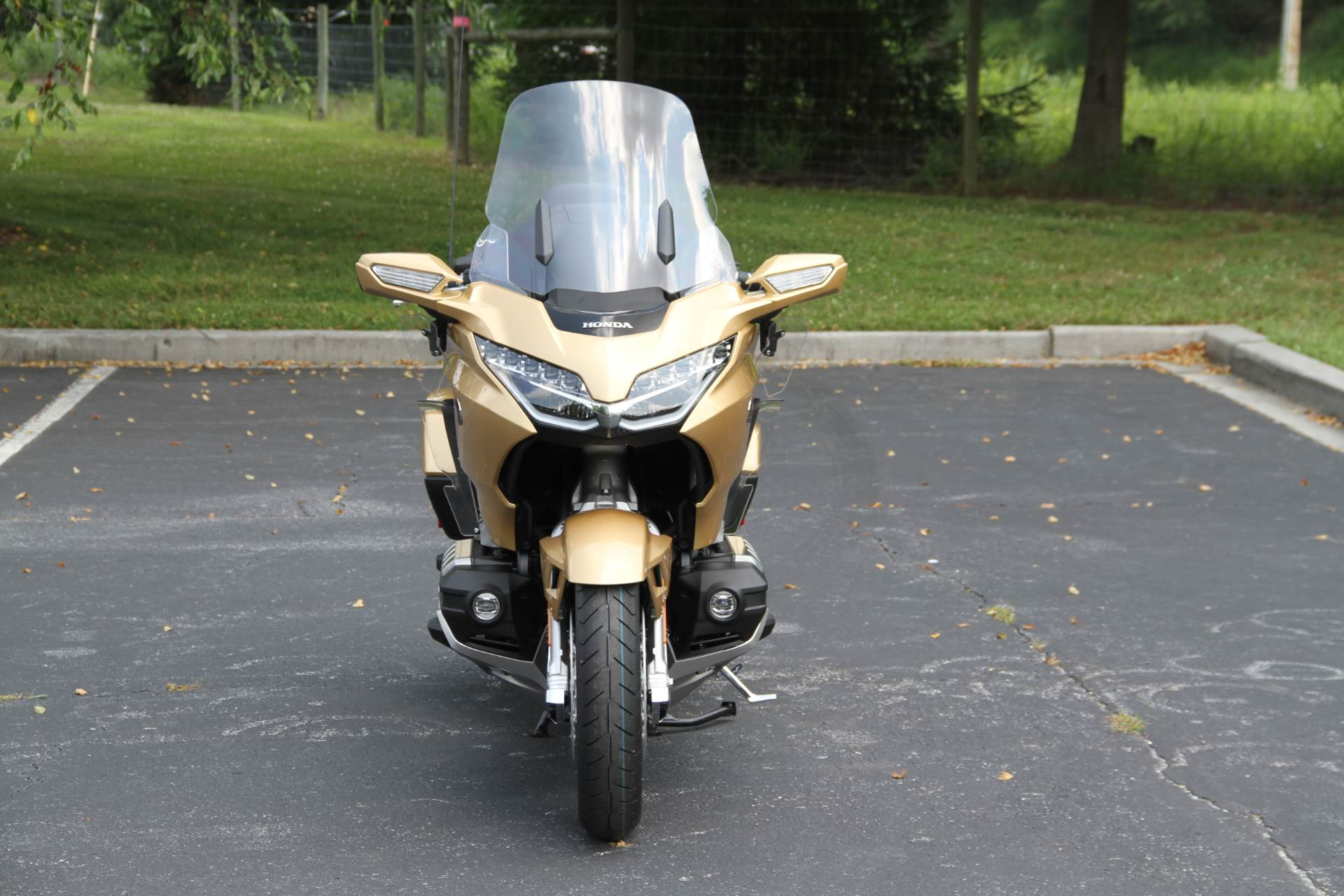 2018 Honda Gold Wing Tour Airbag Automatic DCT in Hendersonville, North Carolina - Photo 3
