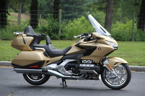 2018 Honda Gold Wing Tour Airbag Automatic DCT in Hendersonville, North Carolina - Photo 7