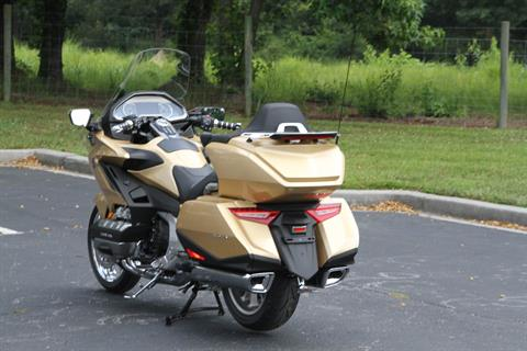 2018 Honda Gold Wing Tour Airbag Automatic DCT in Hendersonville, North Carolina - Photo 16