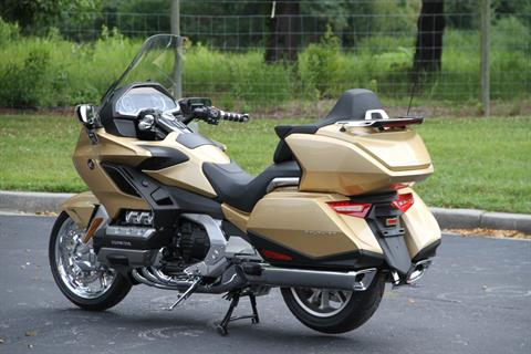 2018 Honda Gold Wing Tour Airbag Automatic DCT in Hendersonville, North Carolina - Photo 18