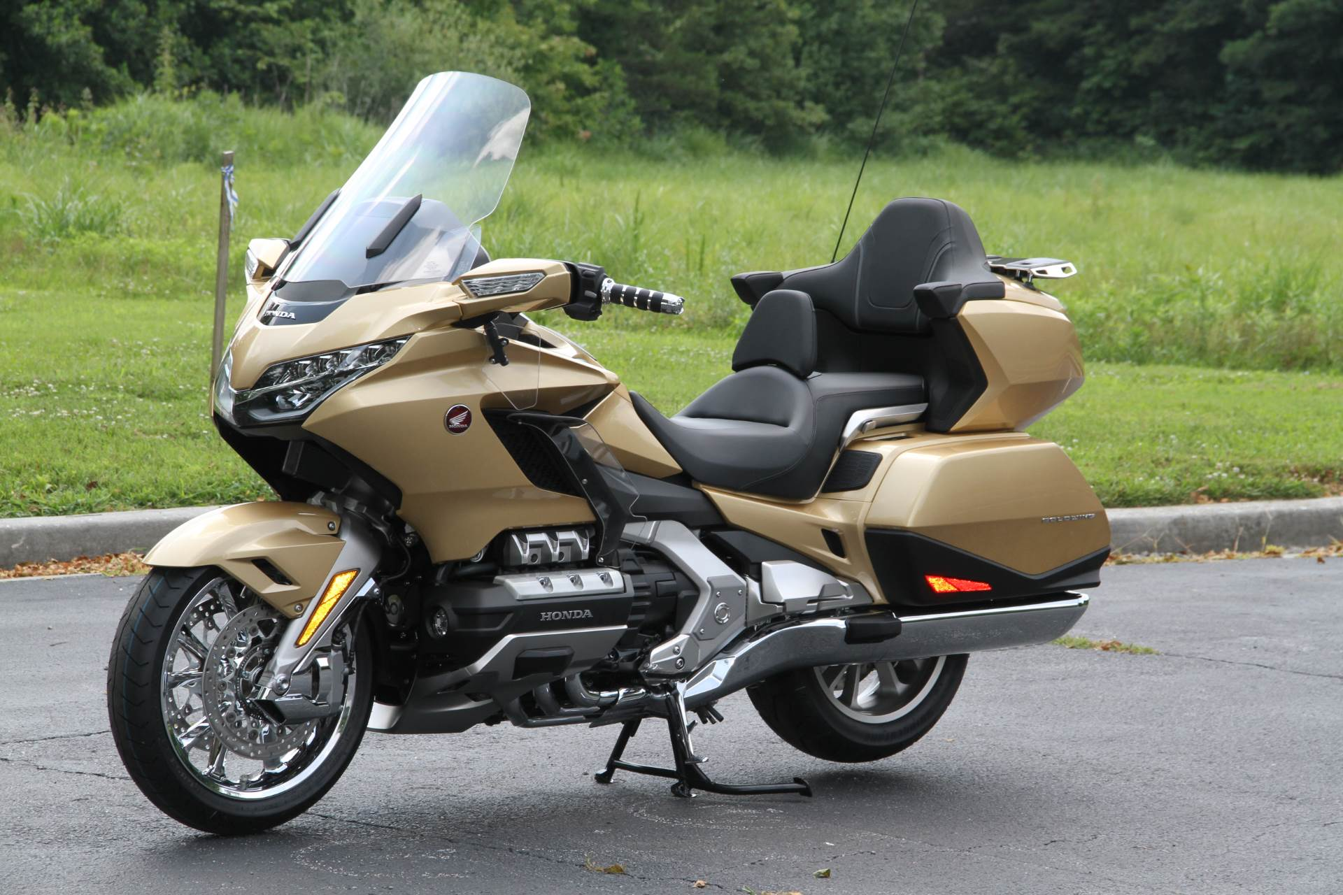 2018 Honda Gold Wing Tour Airbag Automatic DCT in Hendersonville, North Carolina - Photo 27