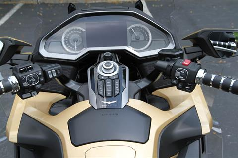 2018 Honda Gold Wing Tour Airbag Automatic DCT in Hendersonville, North Carolina - Photo 47