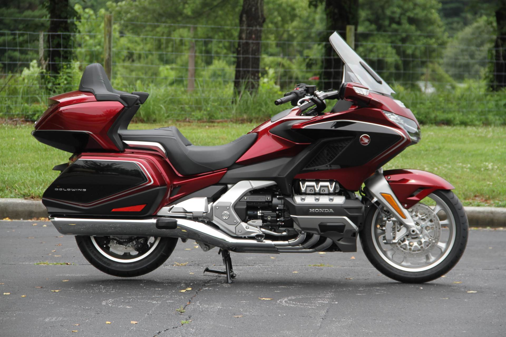 2018 Honda Gold Wing Tour Airbag Automatic DCT in Hendersonville, North Carolina - Photo 10