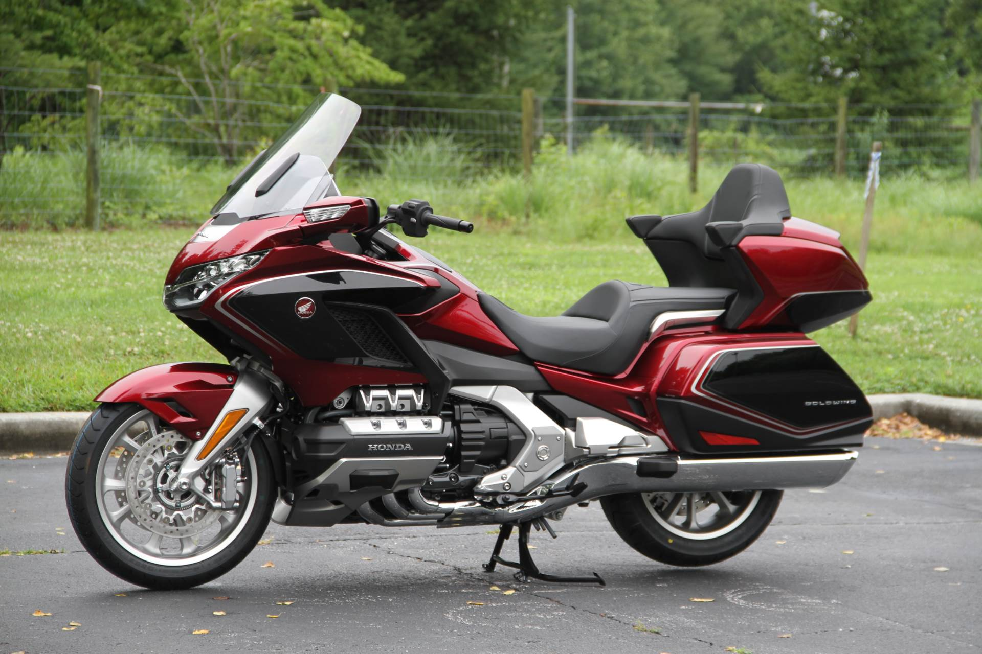 2018 Honda Gold Wing Tour Airbag Automatic DCT in Hendersonville, North Carolina - Photo 22