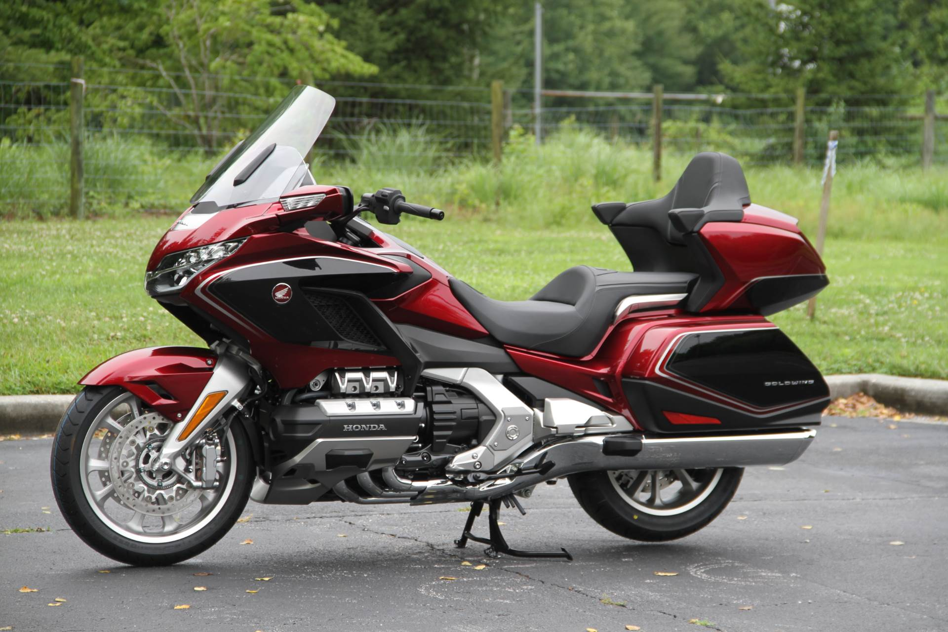2018 Honda Gold Wing Tour Airbag Automatic DCT in Hendersonville, North Carolina - Photo 24