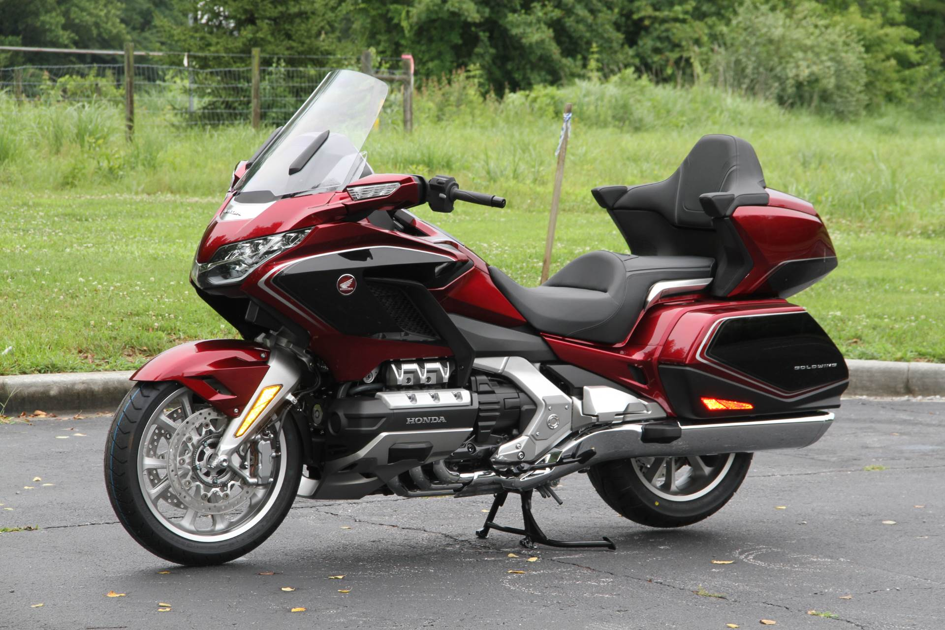 2018 Honda Gold Wing Tour Airbag Automatic DCT in Hendersonville, North Carolina - Photo 26