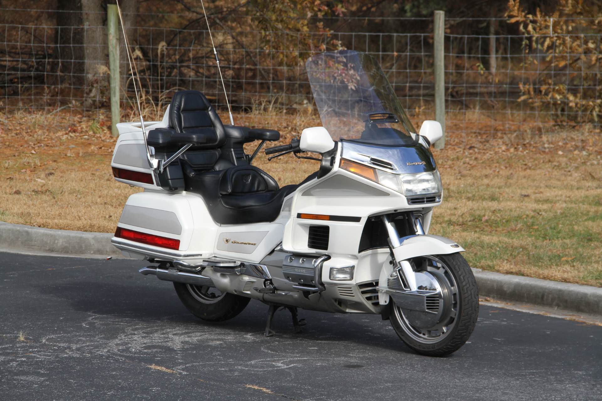 1996 Honda GOLDWING in Hendersonville, North Carolina - Photo 6