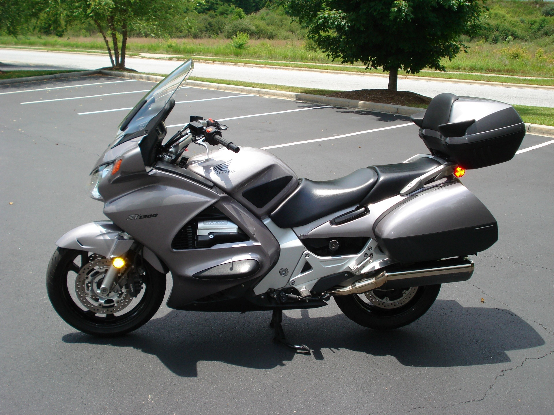 2003 Honda ST1300 in Hendersonville, North Carolina - Photo 9