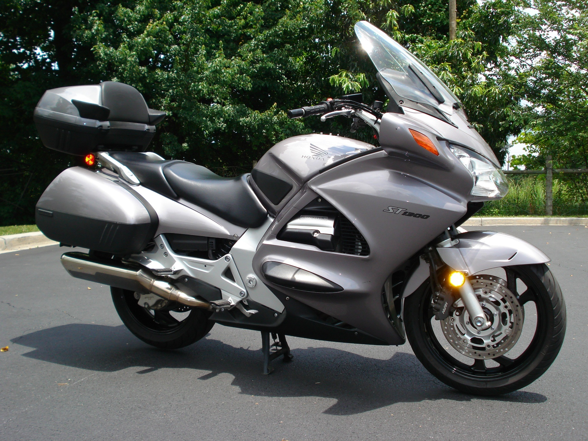 2003 Honda ST1300 in Hendersonville, North Carolina - Photo 14