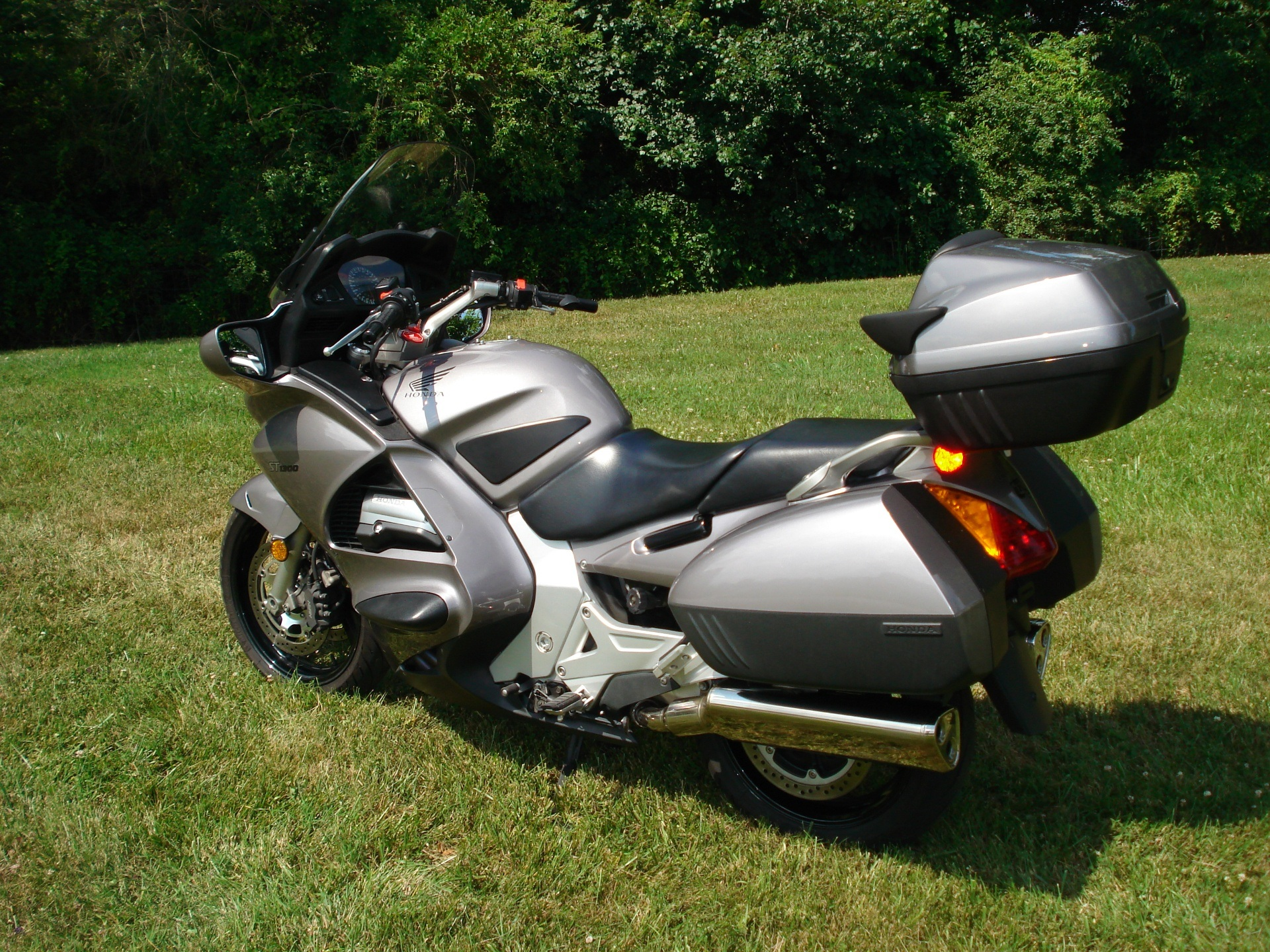 2003 Honda ST1300 in Hendersonville, North Carolina - Photo 18