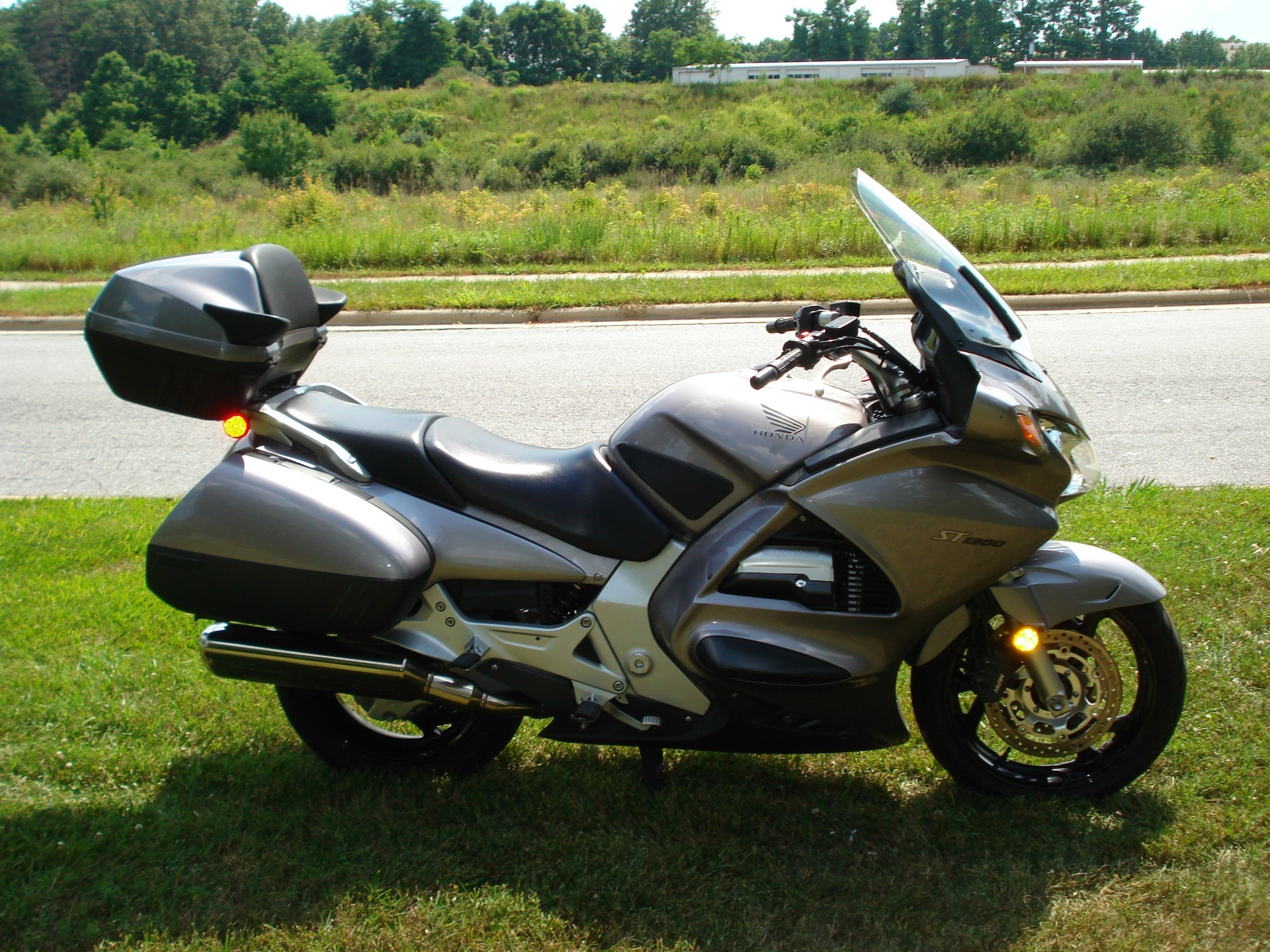 2003 Honda ST1300 in Hendersonville, North Carolina - Photo 20
