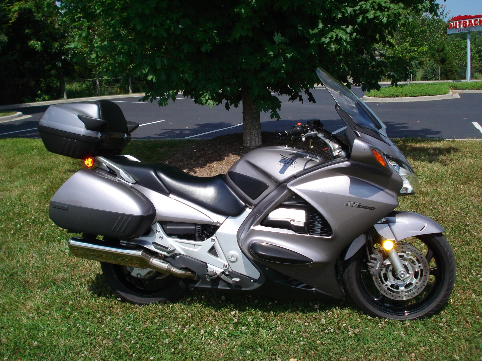 2003 Honda ST1300 in Hendersonville, North Carolina - Photo 22