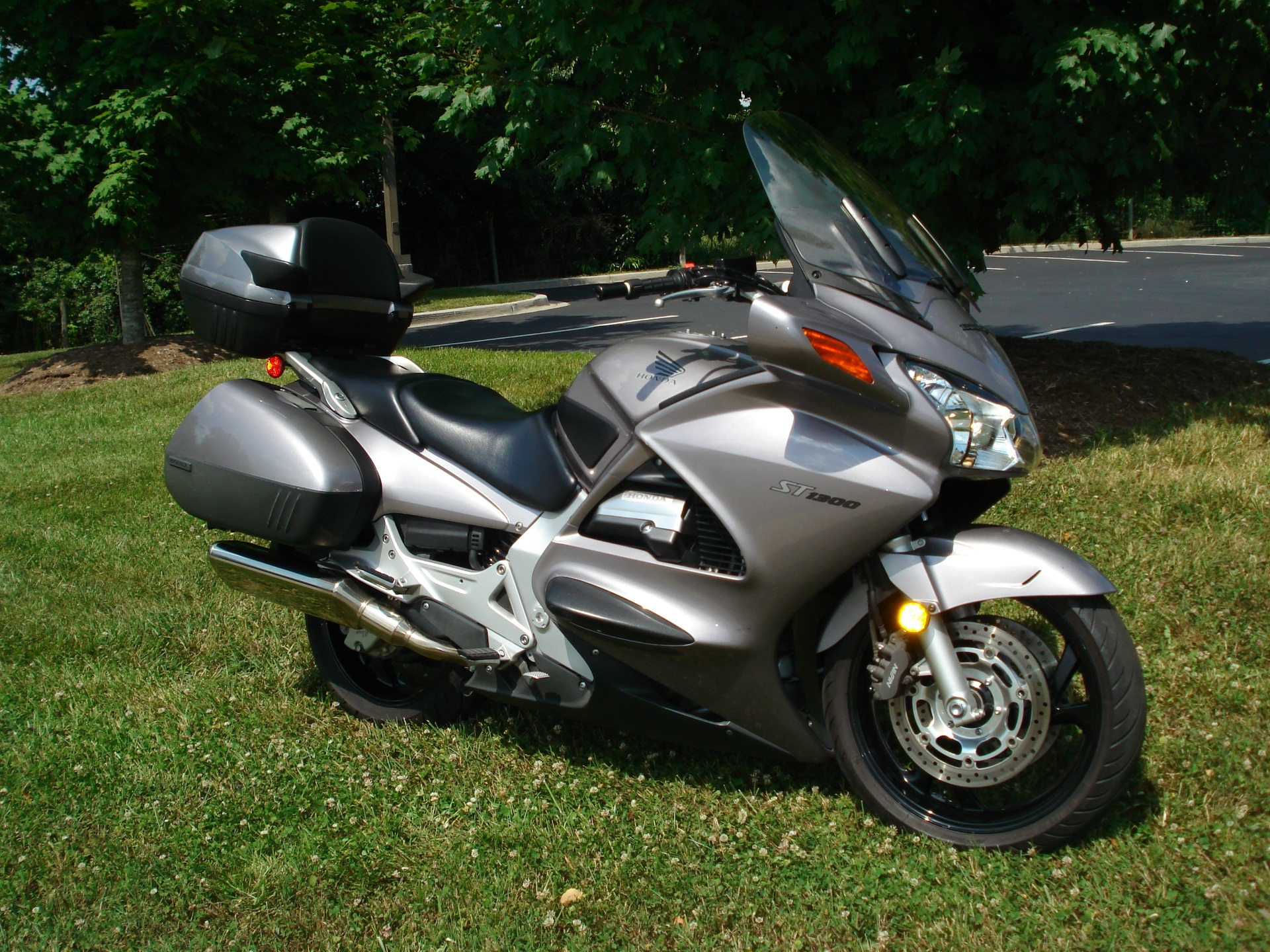 2003 Honda ST1300 in Hendersonville, North Carolina - Photo 24