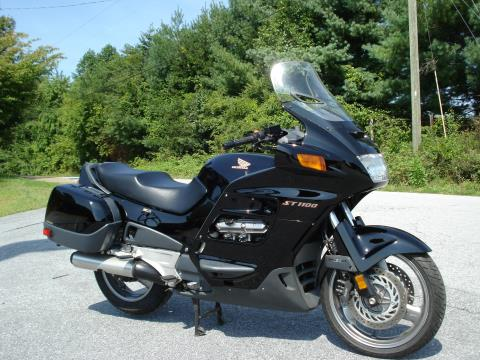 1998 Honda ST1100 in Hendersonville, North Carolina - Photo 3