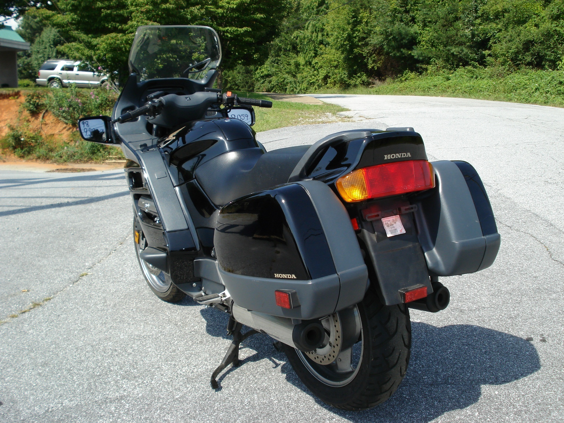 1998 Honda ST1100 in Hendersonville, North Carolina - Photo 9