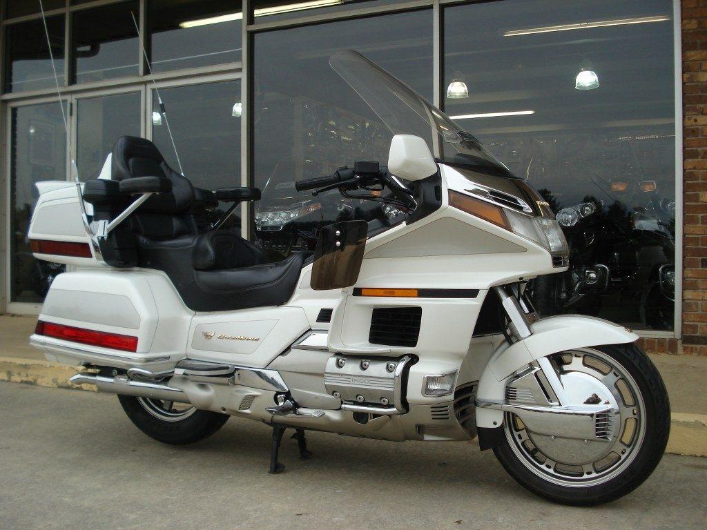 Pre Owned Honda Goldwing Motorcycles