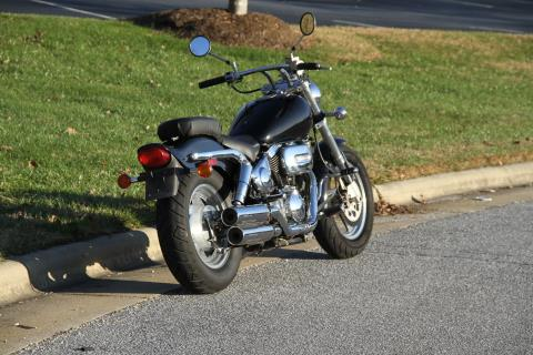 1997 Suzuki VZ800 Marauder in Hendersonville, North Carolina