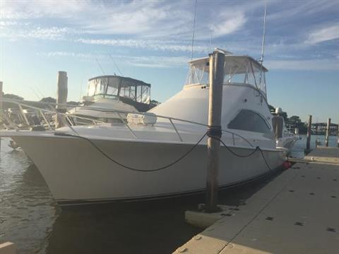 2000 Ocean Yachts Super Sport in Hampton Bays, New York