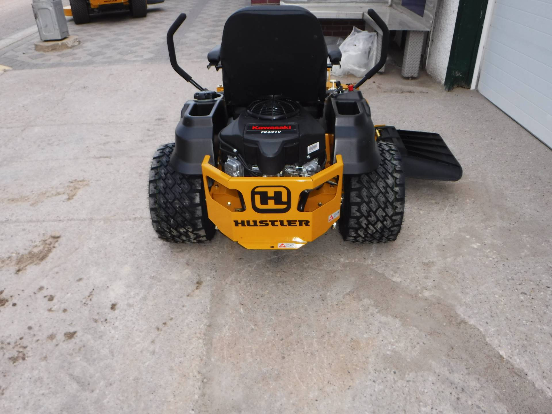 2019 Hustler Turf Equipment Raptor SDX 54 in. Kawasaki 23 hp in Mazeppa, Minnesota - Photo 2