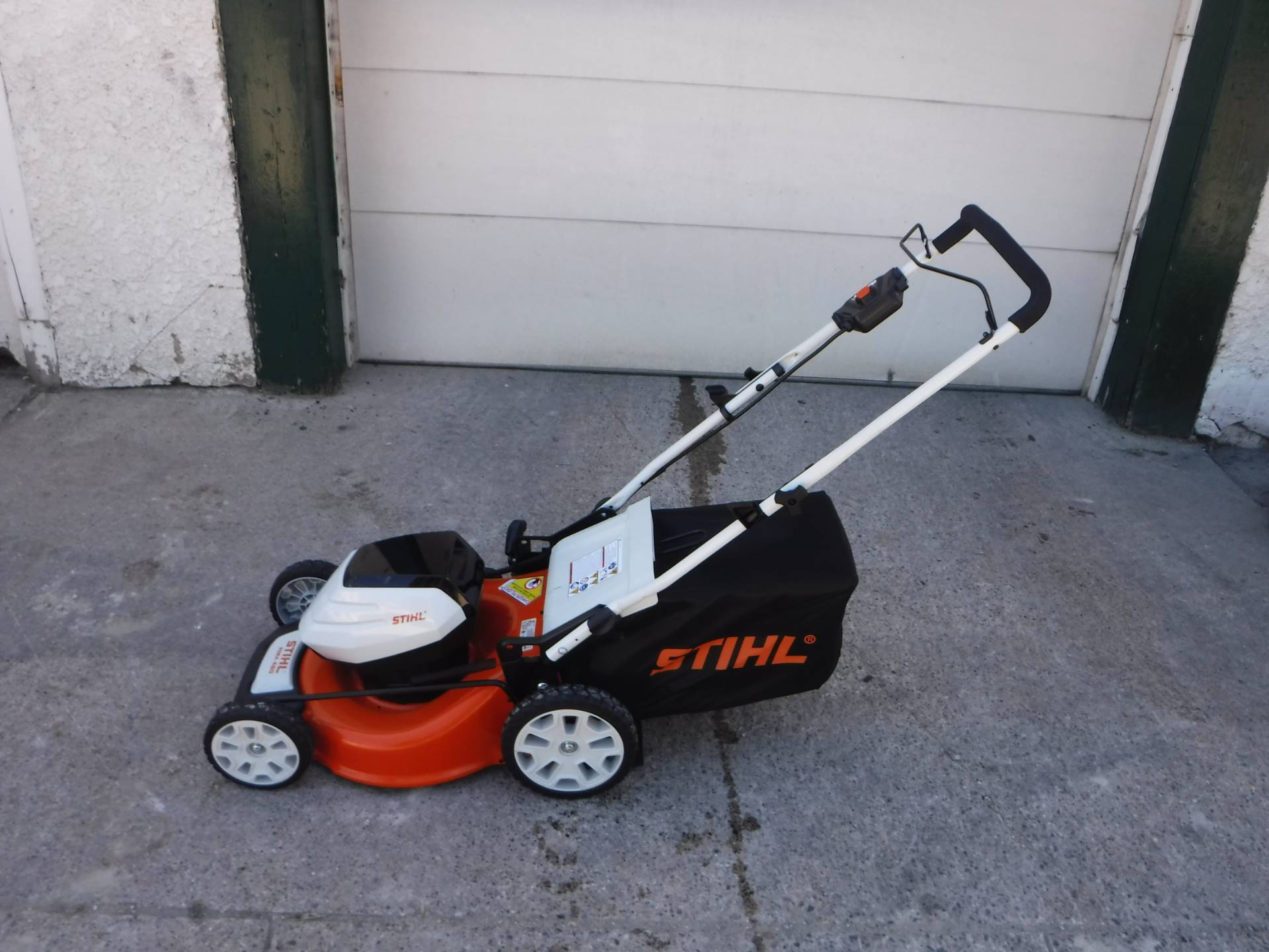 2018 Stihl RMA 460 Lawn Mower in Mazeppa, Minnesota - Photo 1