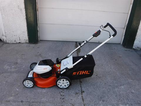 Stihl RMA 460 Lawn Mower in Mazeppa, Minnesota - Photo 1
