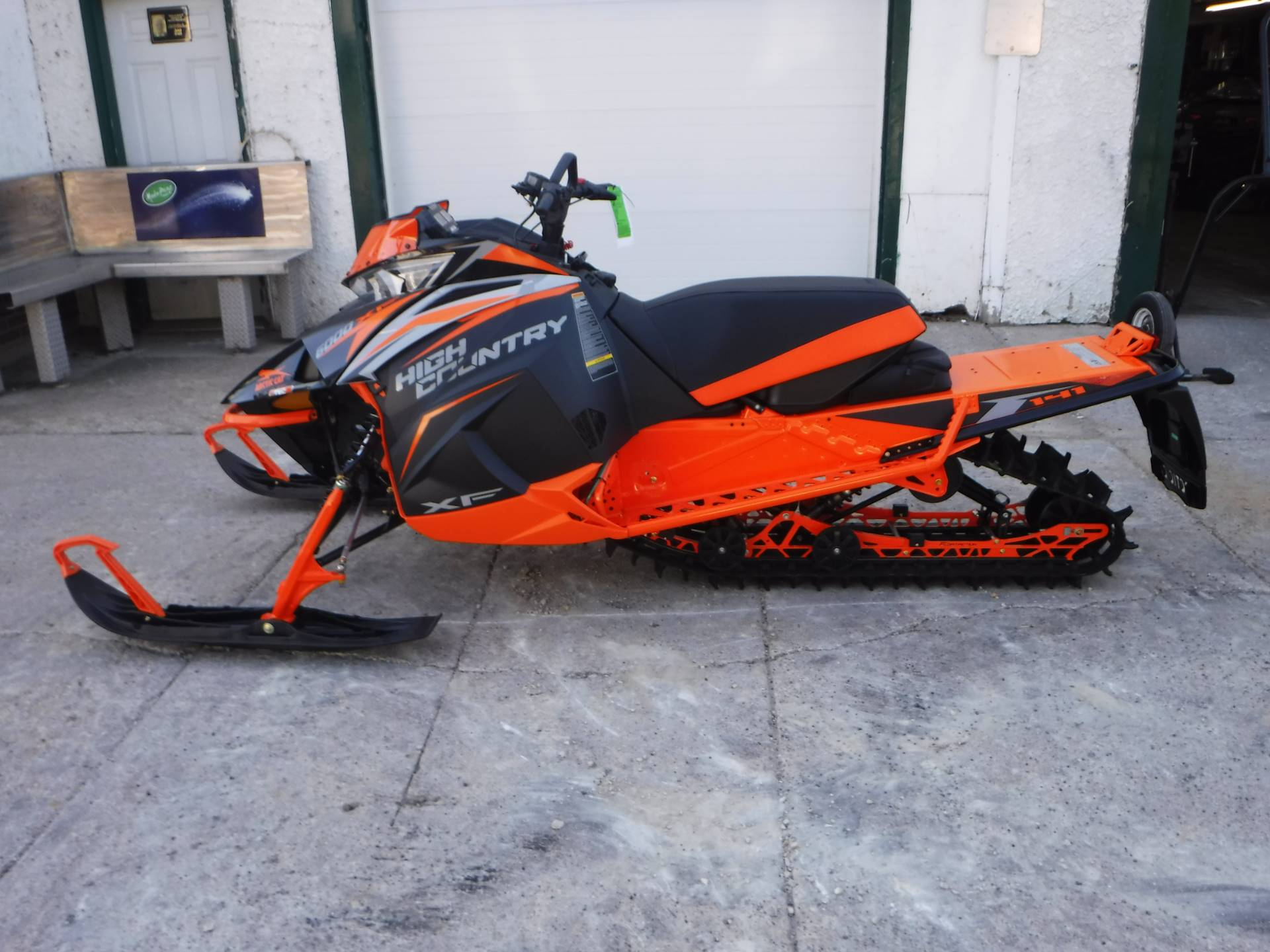 2019 Arctic Cat XF 6000 High Country ES in Mazeppa, Minnesota