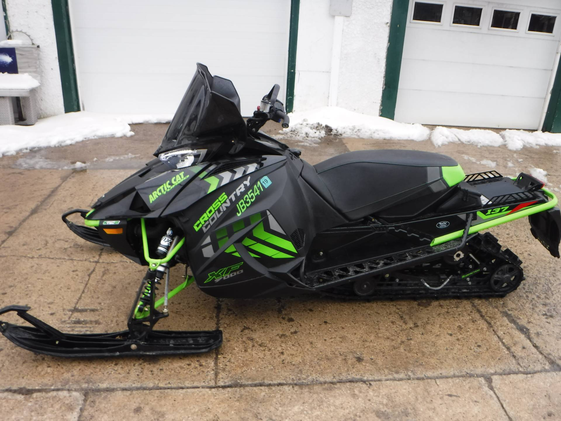 2017 Arctic Cat XF 9000 Cross Country Limited 137 in Mazeppa, Minnesota - Photo 3