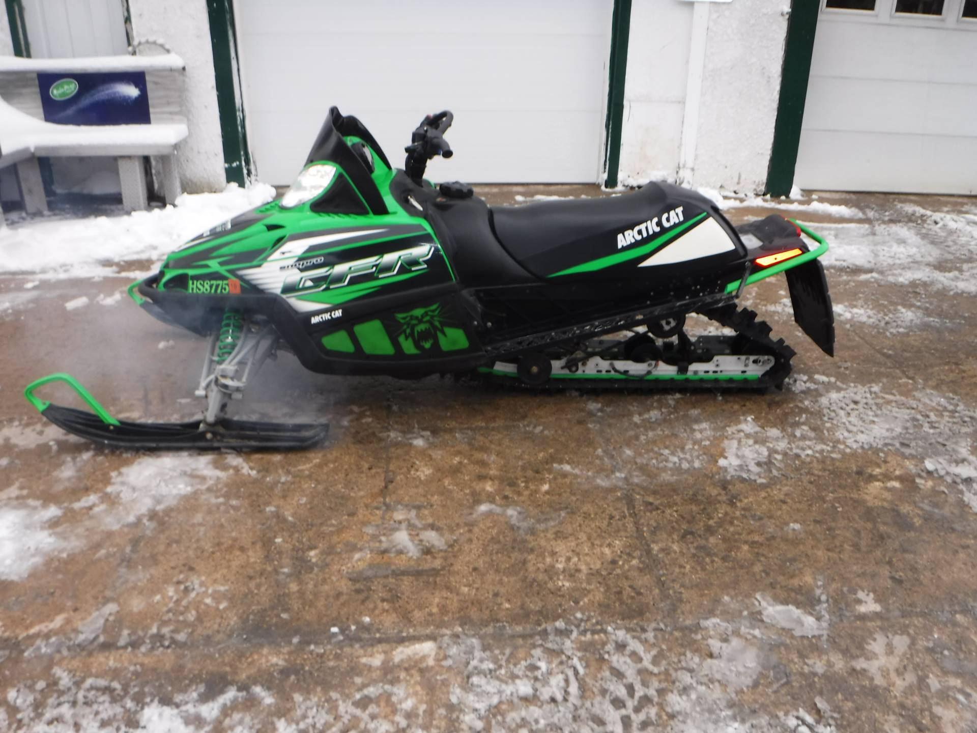 2010 Arctic Cat CFR 8 H.O. in Mazeppa, Minnesota - Photo 2