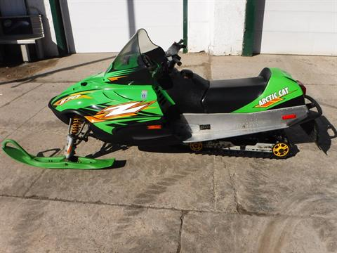 2004 Arctic Cat Z 570 in Mazeppa, Minnesota - Photo 4