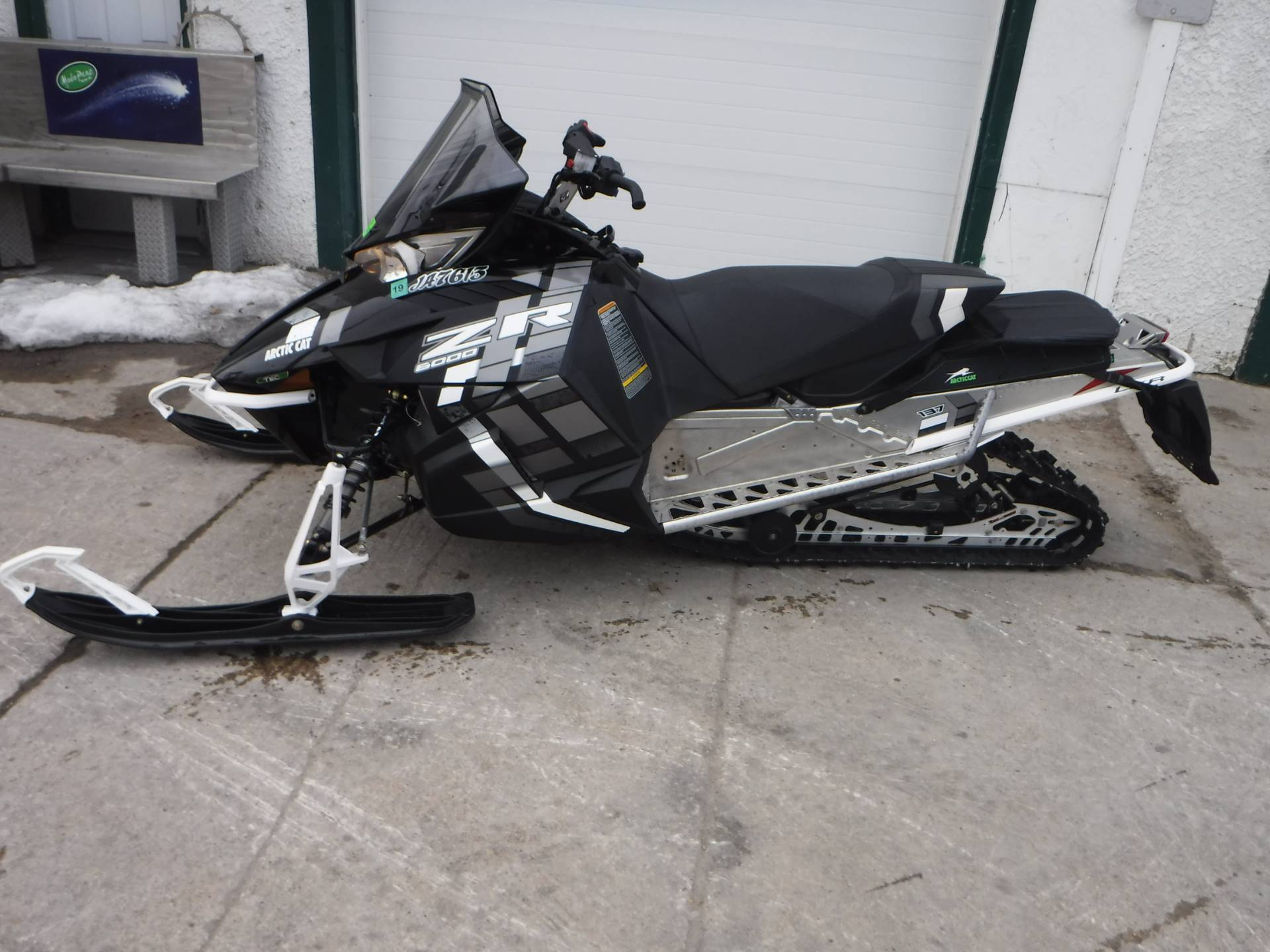 2017 Arctic Cat ZR 6000 LXR ES 137 in Mazeppa, Minnesota