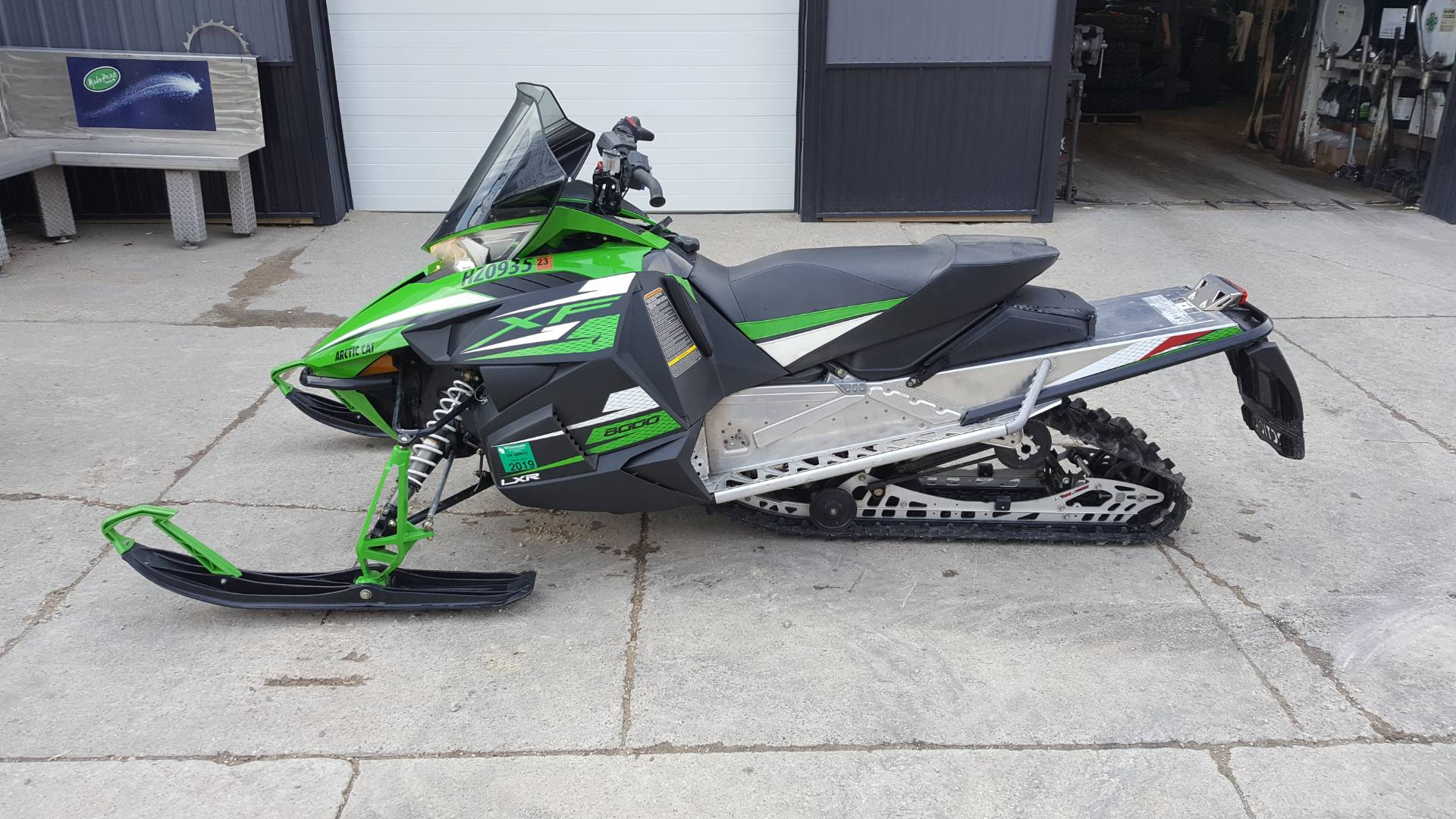 "2015 Arctic Cat XF 8000 137"" LXR ES in Mazeppa, Minnesota - Photo 1"