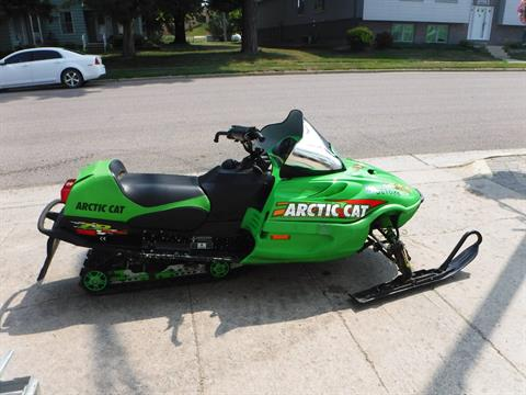 2002 Arctic Cat ZR 600 in Mazeppa, Minnesota