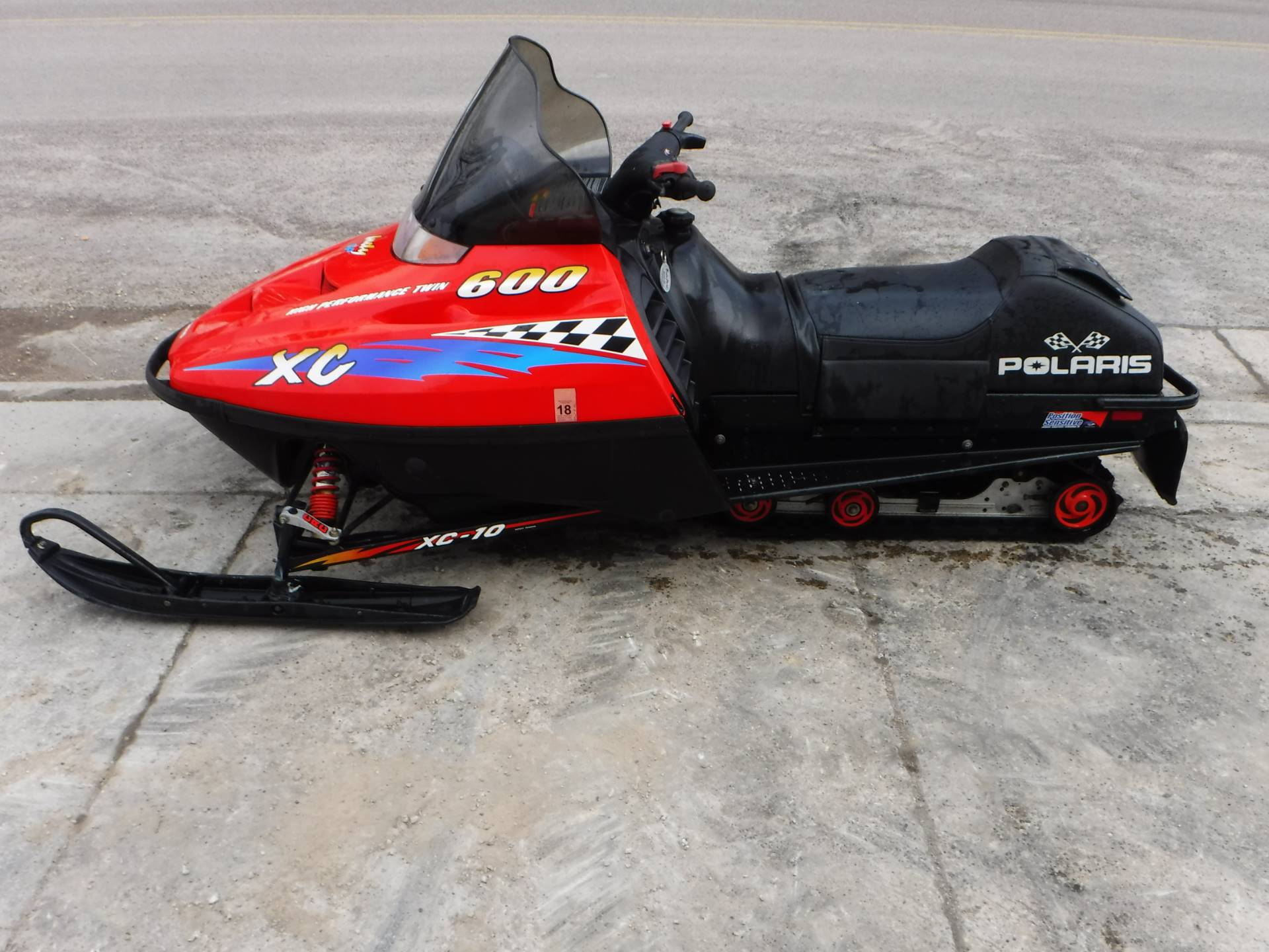 1999 Polaris Indy 600 XC SP in Mazeppa, Minnesota - Photo 1