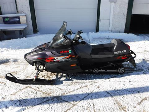 2002 Arctic Cat Z 570 ESR in Mazeppa, Minnesota
