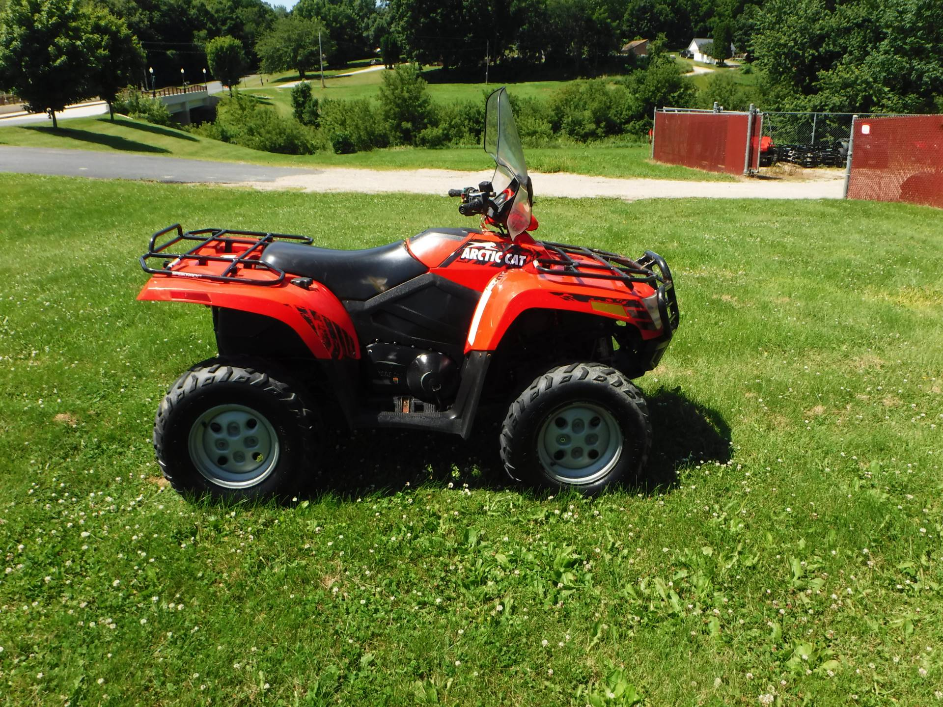 2010 Arctic Cat 550 H1 EFI Power Steering in Mazeppa, Minnesota - Photo 1