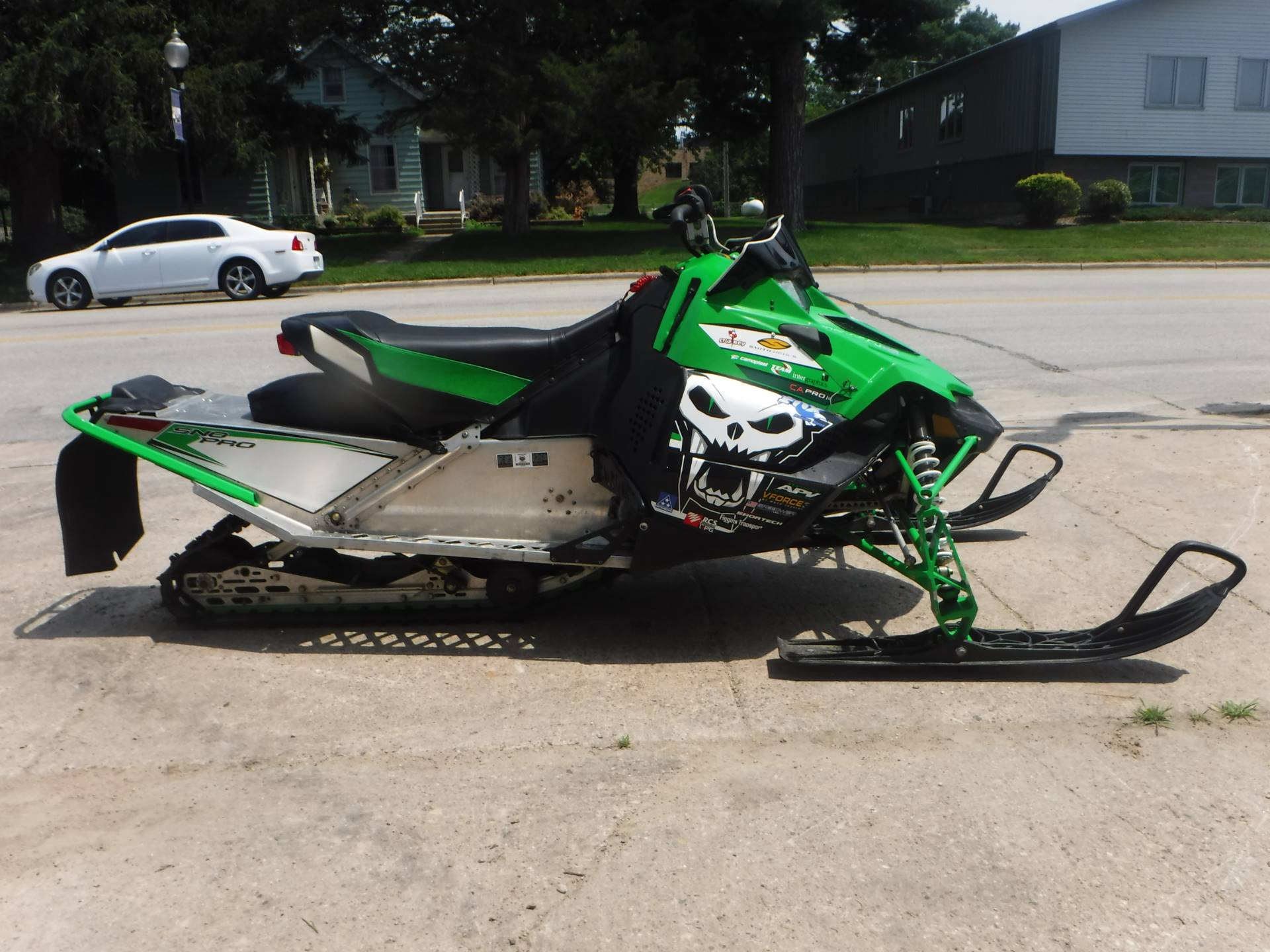 2012 Arctic Cat Sno Pro® 500 in Mazeppa, Minnesota - Photo 2