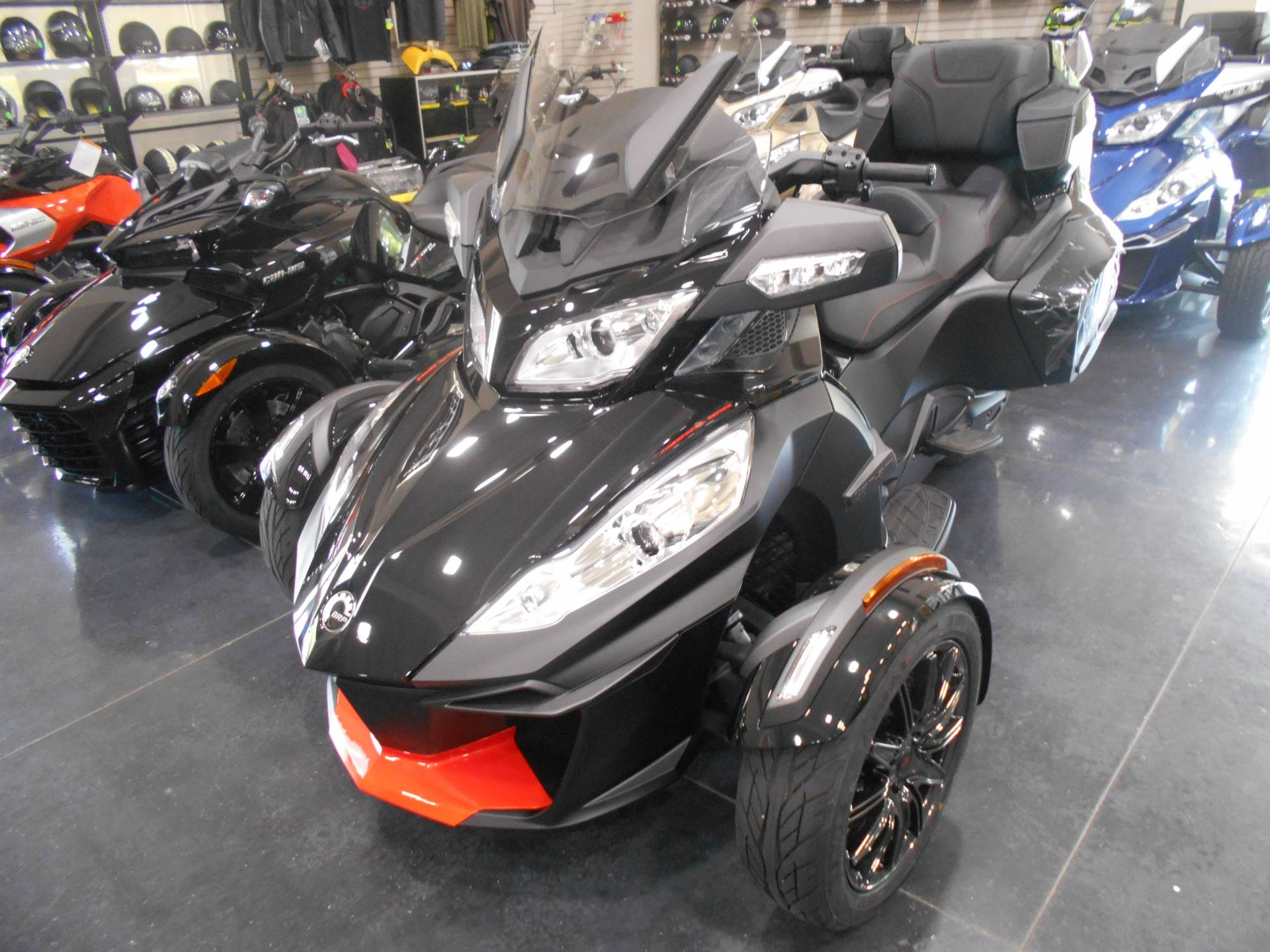 2016 Spyder RT-S Special Series