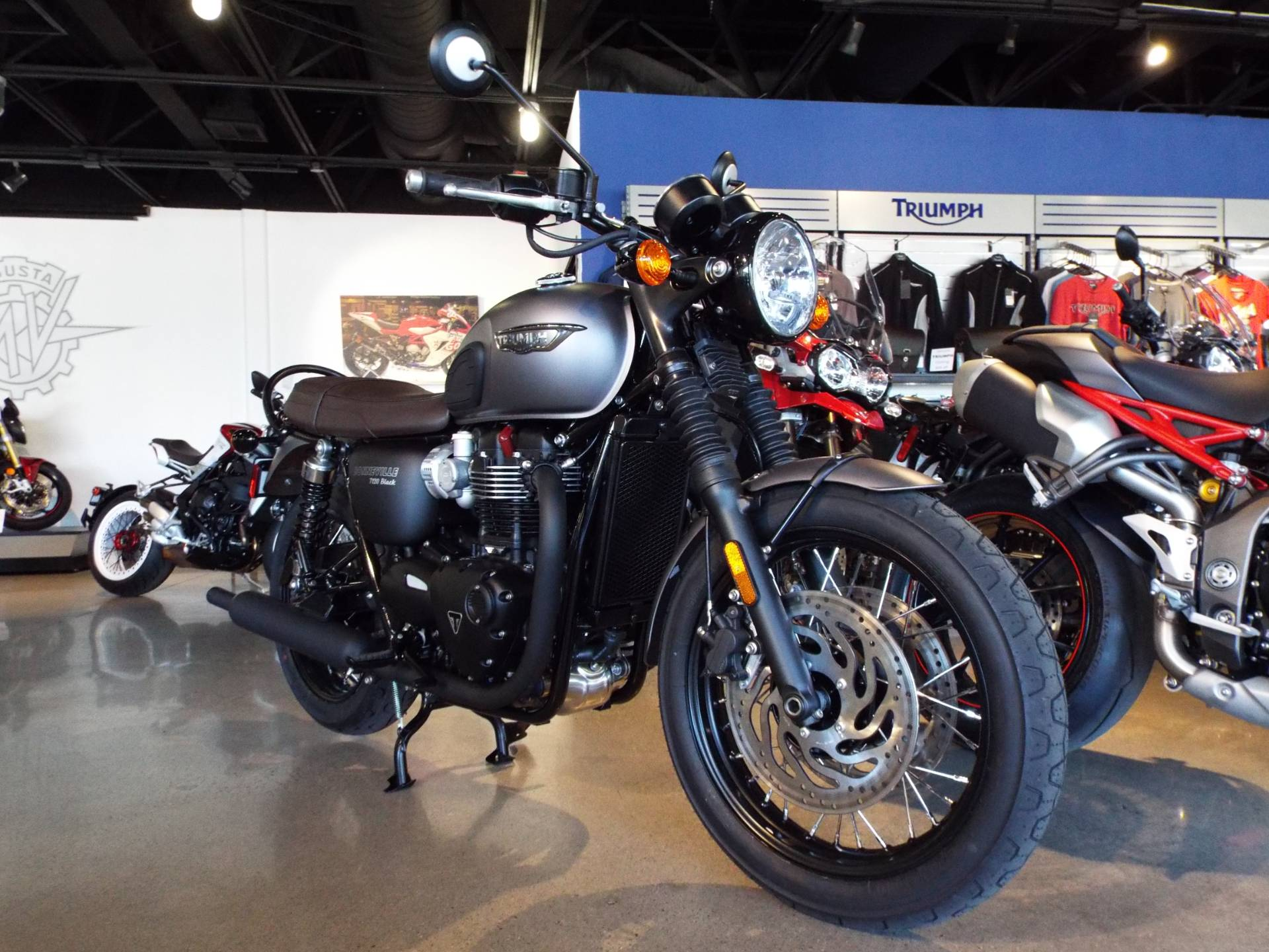 2017 Triumph Bonneville T120 Black in San Bernardino, California