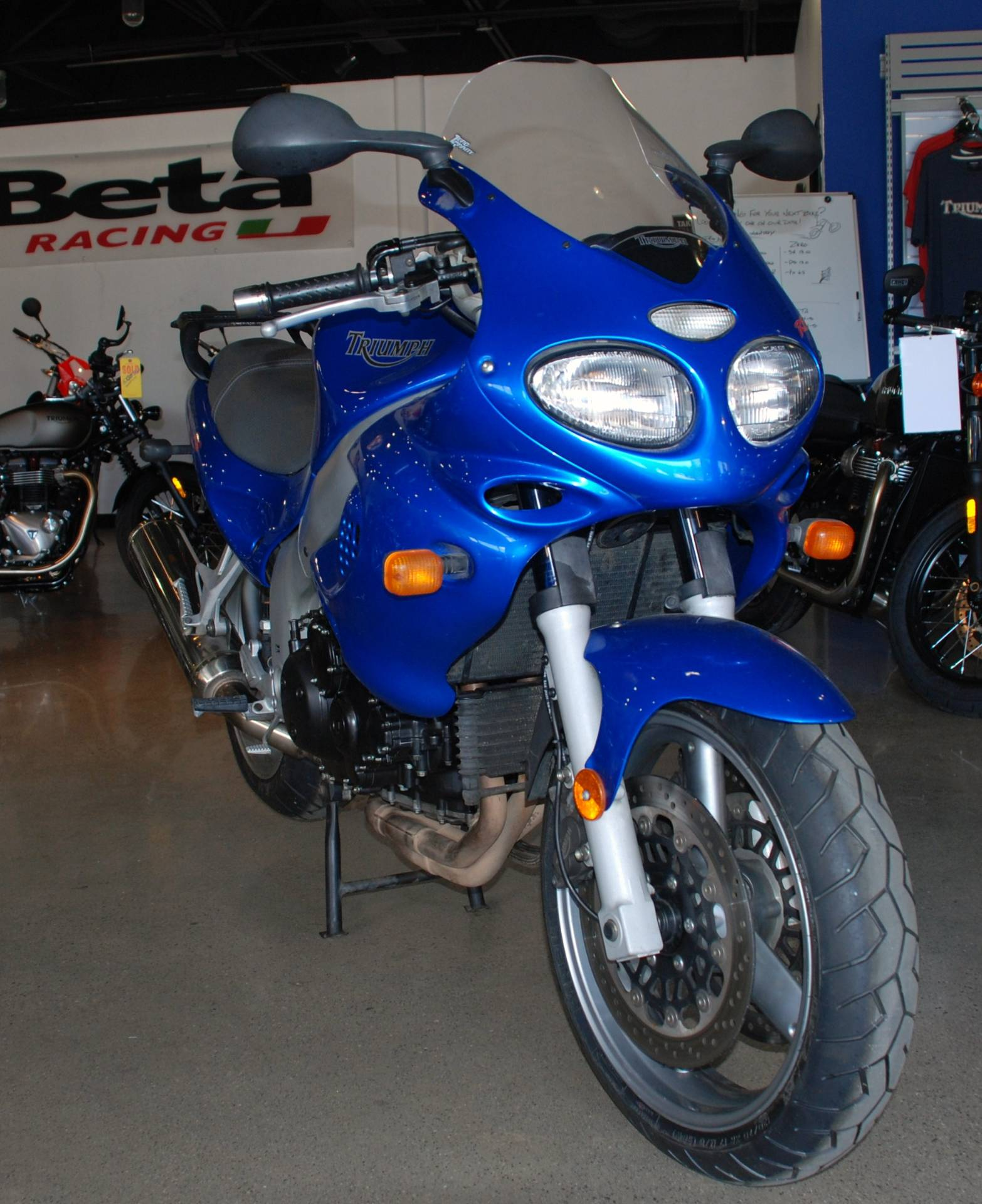 2004 Triumph Sprint RS in San Bernardino, California